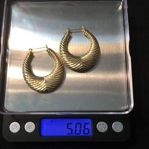 14KT Gold Hoop Earring